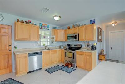 Bonita Springs Single Family Home For Sale: 79 2nd St