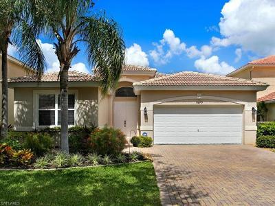 Fort Myers Single Family Home For Sale: 9279 Scarlette Oak Ave