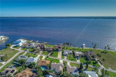 Cape Coral Single Family Home Pending With Contingencies: 3624 SE 21st Pl