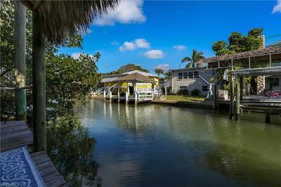Fort Myers Beach Multi Family Home For Sale: 831 Lagoon St #1-4