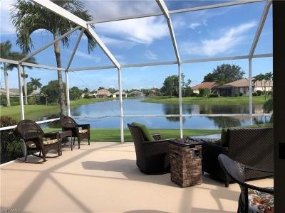 Fort Myers Single Family Home For Sale: 11263 Lakeland Cir
