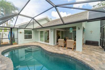 Naples Single Family Home For Sale: 90 Fountain Cir