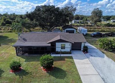 Punta Gorda Single Family Home For Sale: 159 Sunflower St