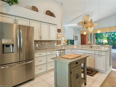 Estero Condo/Townhouse For Sale: 20865 Gleneagles Links Dr