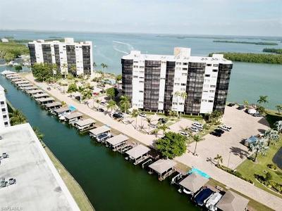 Fort Myers Beach Condo/Townhouse Pending With Contingencies: 4263 Bay Beach Ln #1012