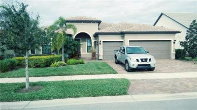 Fort Myers Single Family Home For Sale: 11818 Dixon Dr