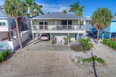 Fort Myers Beach Single Family Home Pending With Contingencies: 261 Ostego Dr