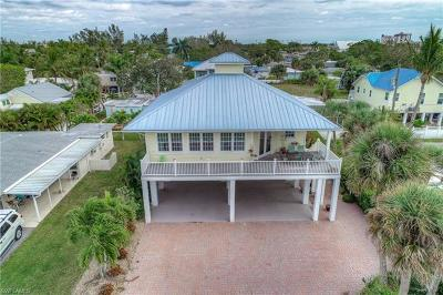 Fort Myers Beach Single Family Home Pending With Contingencies: 134 Virginia Ave