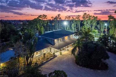 Fort Myers Single Family Home For Sale: 8012 Kansas Rd