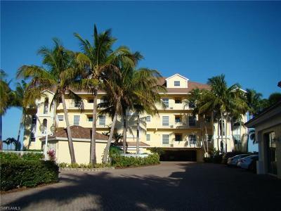 Cape Coral Condo/Townhouse For Sale: 4235 SE 20th Pl #B305