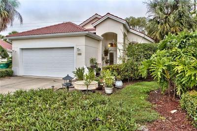 Naples Single Family Home For Sale: 102 Palm Frond Ct