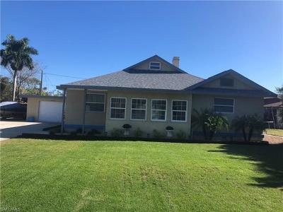 Bonita Springs Single Family Home For Sale: 27379 Pullen Ave