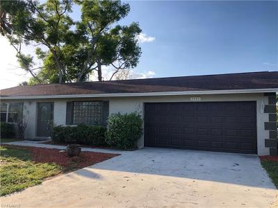 Fort Myers Single Family Home For Sale: 7355 Sanibel Blvd