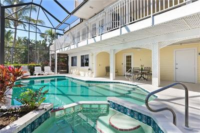 Fort Myers Beach Single Family Home For Sale: 21451 Widgeon Ter