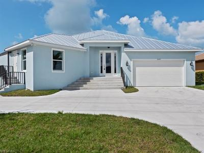 Marco Island Single Family Home For Sale: 468 Bald Eagle Dr