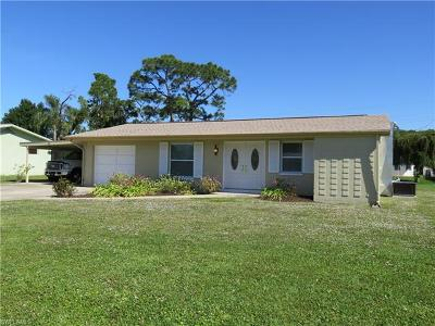 Bonita Shores Single Family Home For Sale: 39 8th St