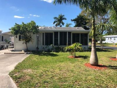 Estero Condo/Townhouse For Sale: 4621 Robert E Lee Blvd E