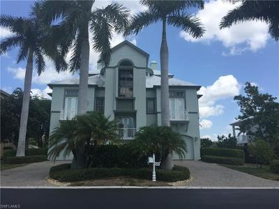 Bonita Shores Single Family Home For Sale: 219 Dolphin Cove Ct