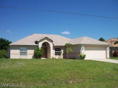 Lehigh Acres Single Family Home For Sale: 3912 9th St W
