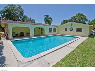 Fort Myers Single Family Home For Sale: 1425 San Roberto Cir