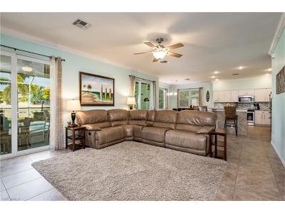 Fort Myers Single Family Home For Sale: 17431 Sterling Lake Dr