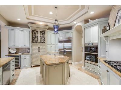 Bonita Springs Single Family Home For Sale: 3650 Bay Creek Dr