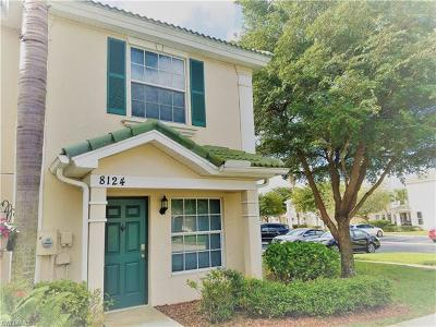 Fort Myers Condo/Townhouse For Sale: 8124 Pacific Beach Dr