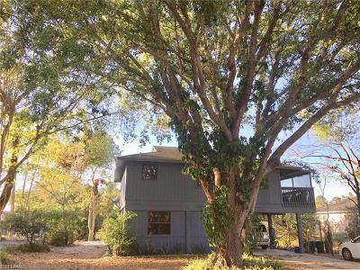 Fort Myers Single Family Home For Sale: 8197 Albatross Rd