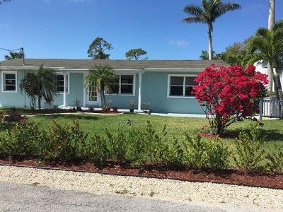 Bonita Springs Single Family Home For Sale: 27257 Barbarosa St