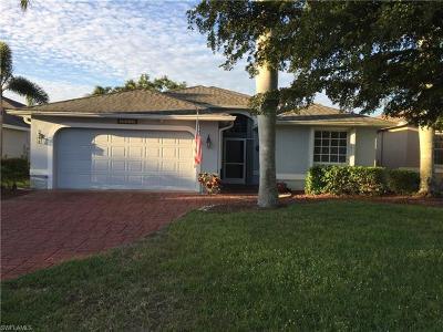 Estero Single Family Home For Sale: 20930 Persimmon Pl