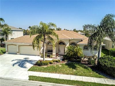 Estero Single Family Home For Sale: 21521 Langholm Run