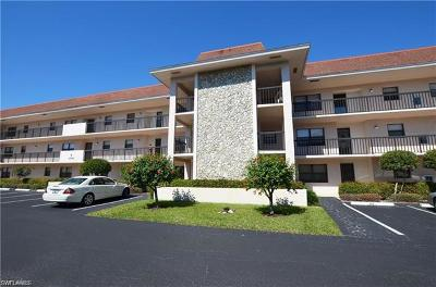 Naples Condo/Townhouse For Sale: 1786 Imperial Golf Course Blvd #B304