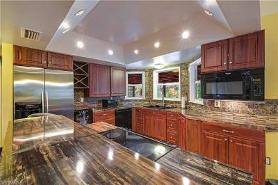 Fort Myers Single Family Home For Sale: 17389 Lee Rd