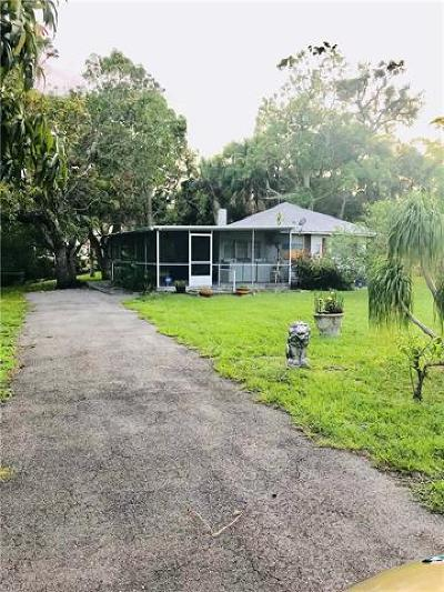 Bonita Springs Single Family Home For Sale: 10095 Illinois St