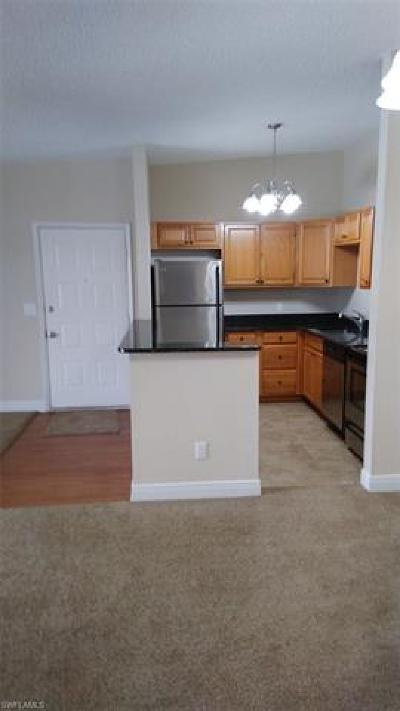 Fort Myers Condo/Townhouse For Sale: 6492 Royal Woods Dr #8