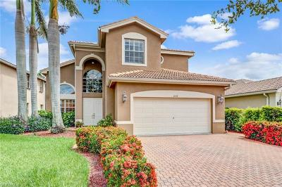 Naples Single Family Home For Sale: 2137 Isla De Palma Cir