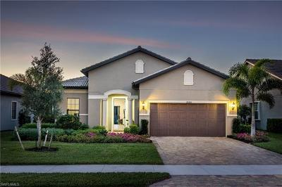 Estero FL Single Family Home For Sale: $425,000