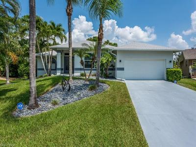 Fort Myers Single Family Home For Sale: 17070 Coral Cay Ln