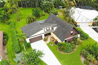 Naples Single Family Home For Sale: 1767 Knights Ct