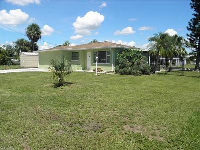 Bonita Springs Single Family Home For Sale: 24556 Kingfish St