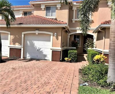 Fort Myers Condo/Townhouse For Sale: 17538 Cherry Ridge Ln