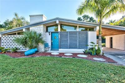 Fort Myers Single Family Home For Sale: 6208 N Saint Andrews Cir
