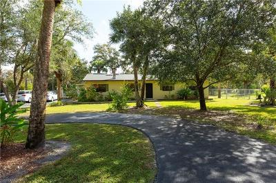 Naples Single Family Home For Sale: 450 SW 25th St
