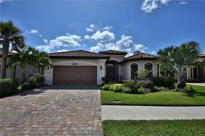 Bonita Springs Single Family Home For Sale: 23288 Sanabria Loop