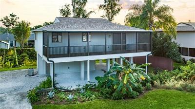 Fort Myers Single Family Home For Sale: 8185 Lake San Carlos Cir