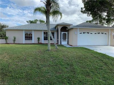 Fort Myers Single Family Home For Sale: 8192 Egret Rd