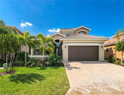 Fort Myers Single Family Home For Sale: 10043 Chesapeake Bay Dr