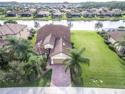 Fort Myers Single Family Home For Sale: 10887 Rutherford Rd