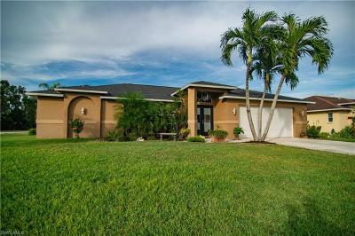 Fort Myers Single Family Home For Sale: 7351 Ramblers Strand