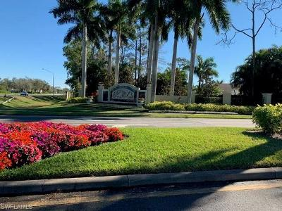 Naples Condo/Townhouse For Sale: 2782 Kings Lake Blvd #9-204